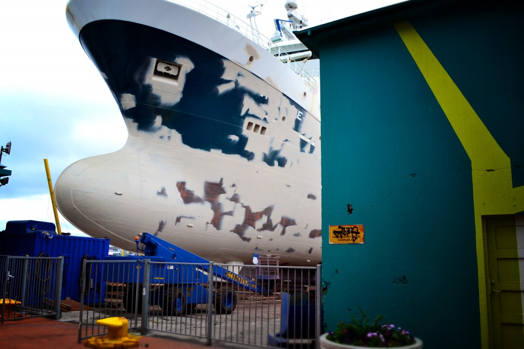 Ships and street art