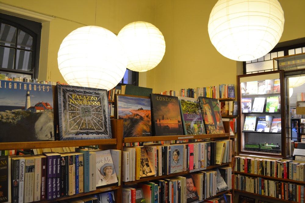 Barter Books lighting